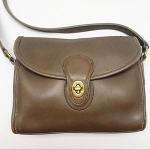 Vintage Coach | Crossbody Bag | Taupe | Leather